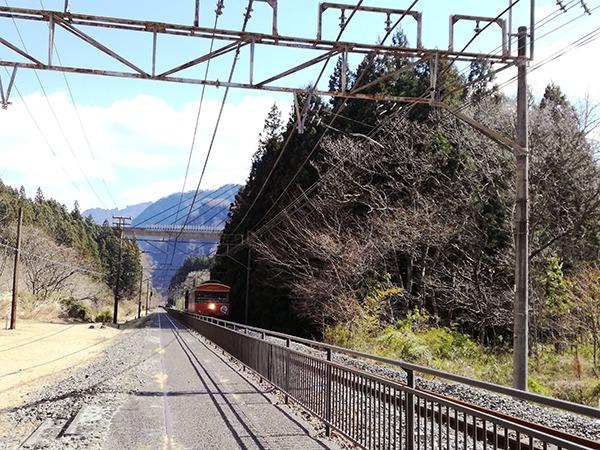 アプトの道 線路 トロッコ列車