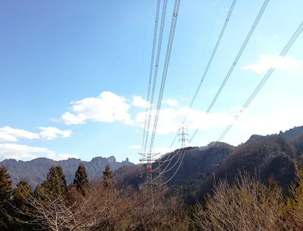 アプトの道 山と電線