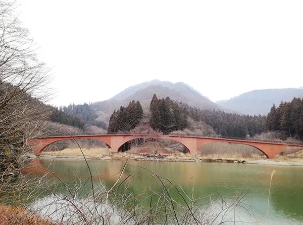 碓氷湖 坂本ダム ほほえみ橋