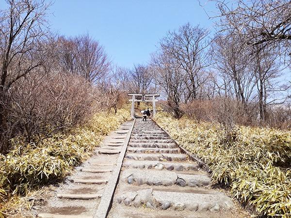 榛名富士山神社へ続く道