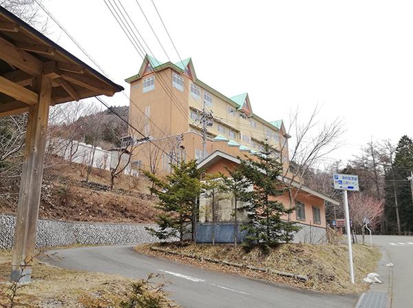 榛名湖の榛名吾妻荘近くの公衆トイレ