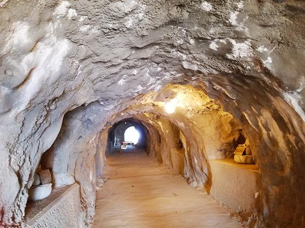 洞窟観音のある牛伏洞窟