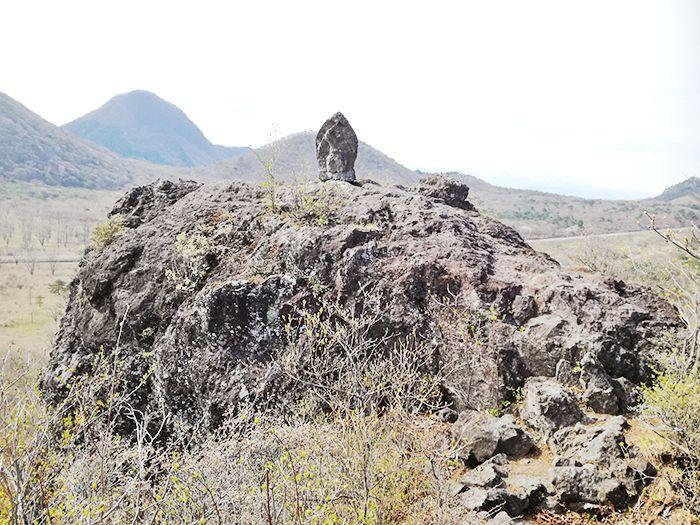 スルス岩の上