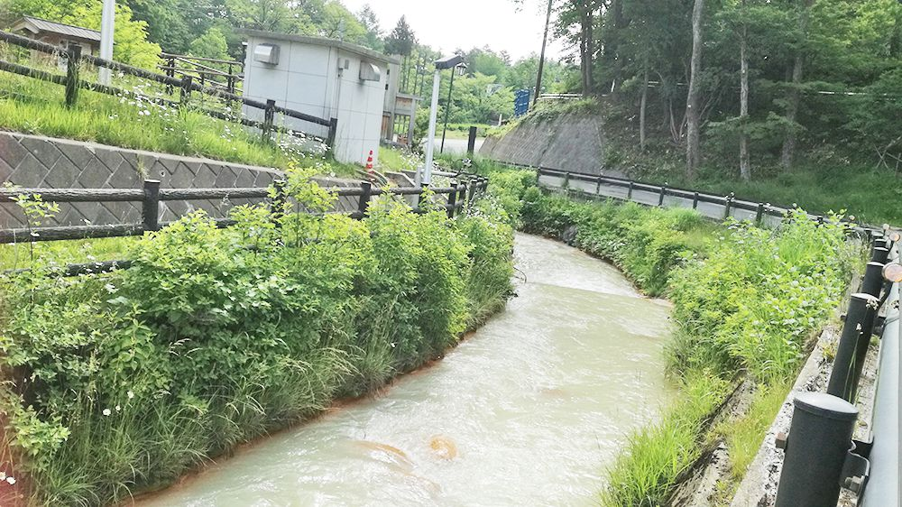 ダム水質管理所の石灰水