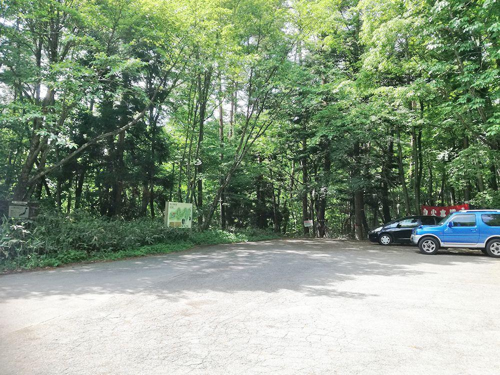 嫗仙の滝駐車場