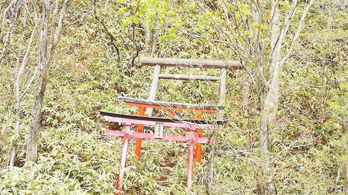 大洞赤城神社の近くの鳥居