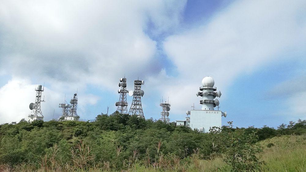 地蔵岳の電波塔