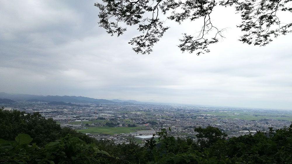 金山城跡の新田神社の宮城遥拝所からの景色